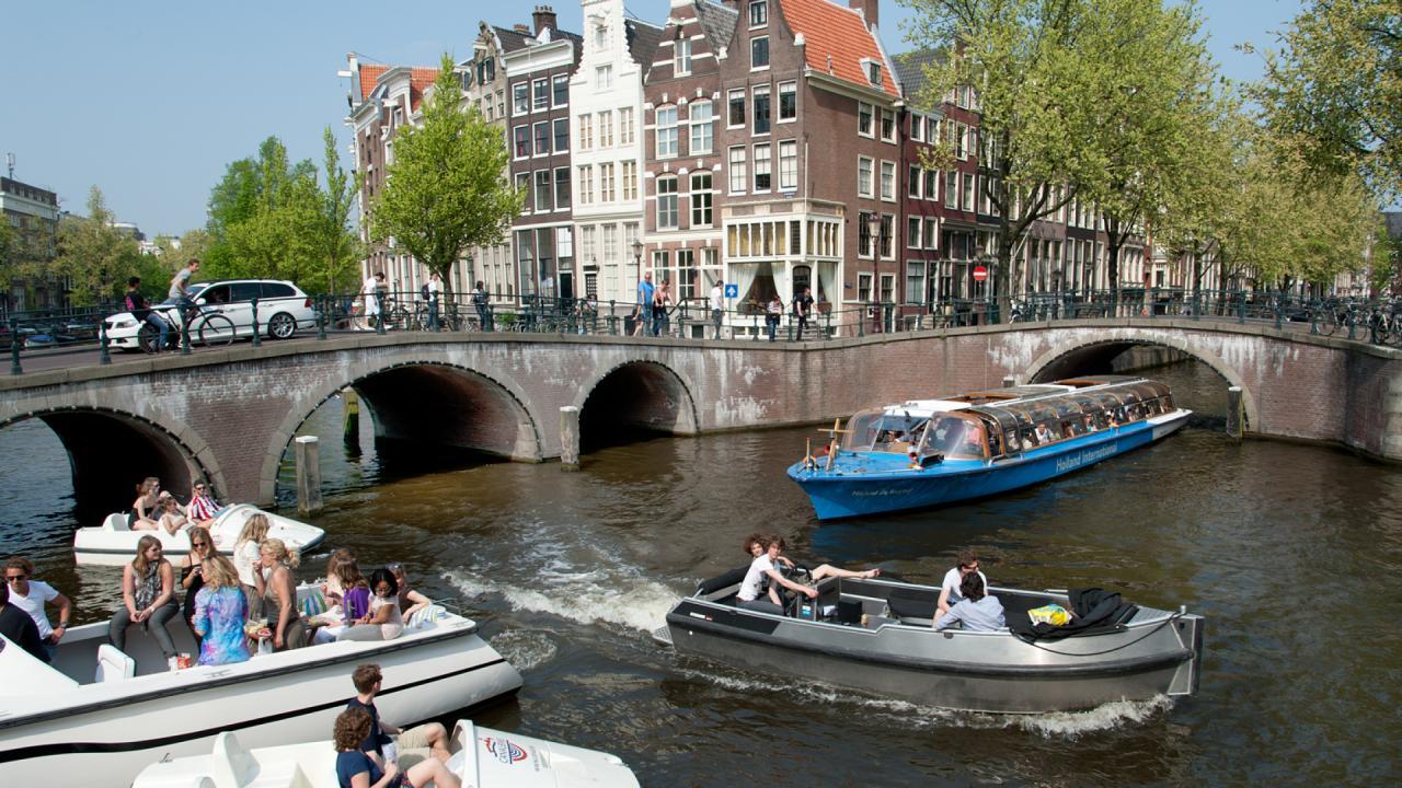 Amsterdam wil goederenvervoer over de gracht amsterdam for Amsterdam economica