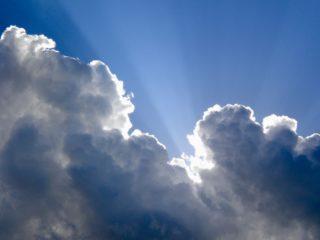 sun-behind-clouds-1466368124vcr